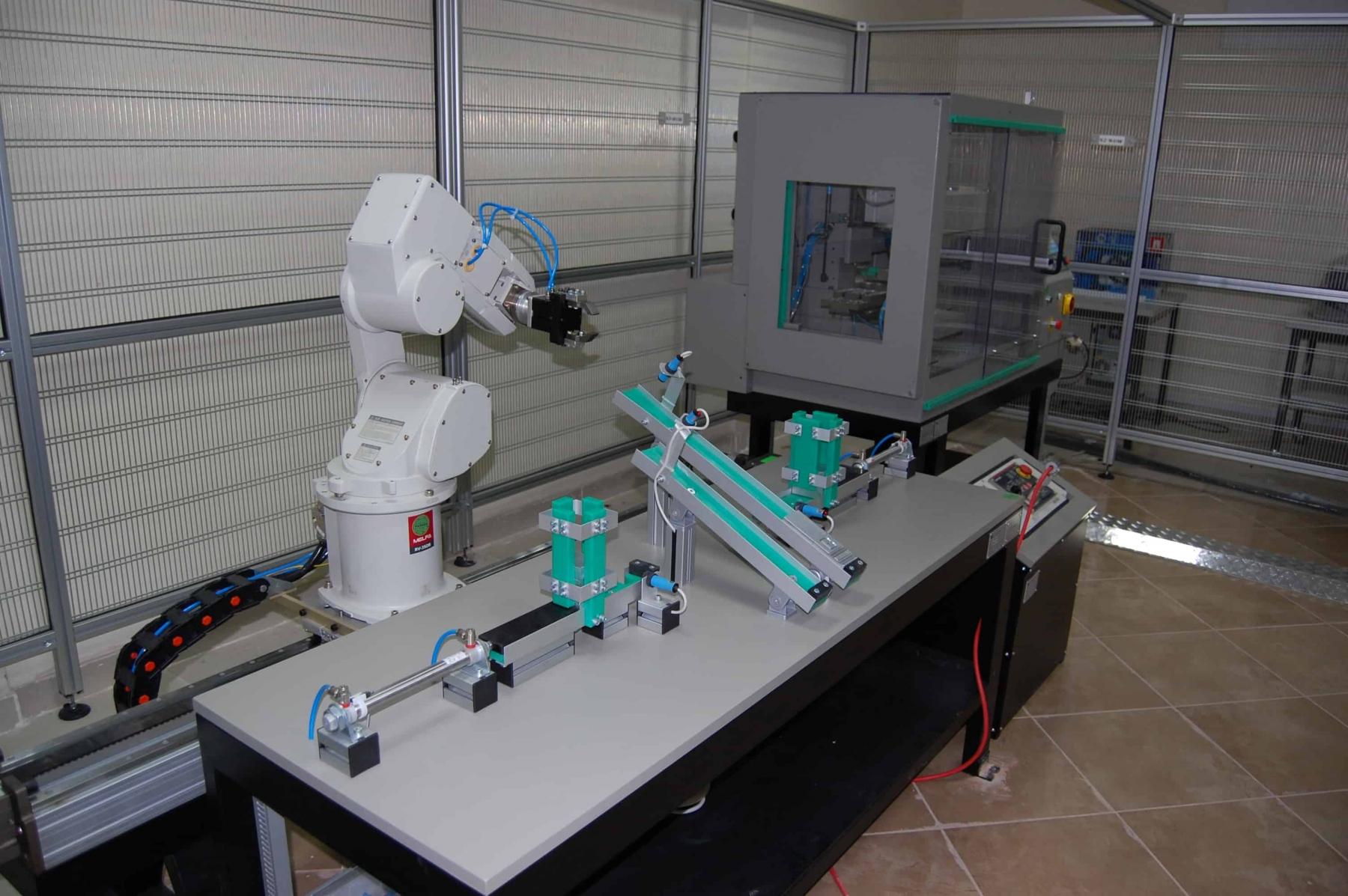 Magazzino con robot